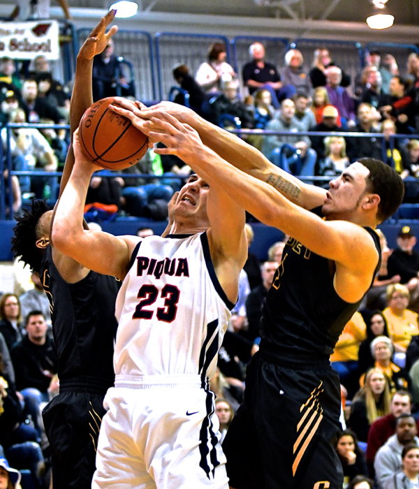 Sidney Avoids Piqua's Bid For Major Upset