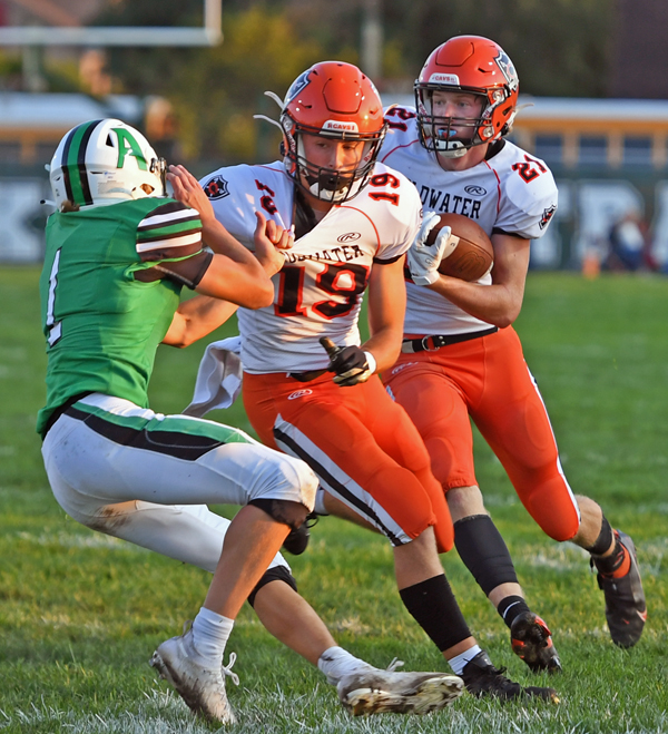 Fast Start Pushes Coldwater Past Anna