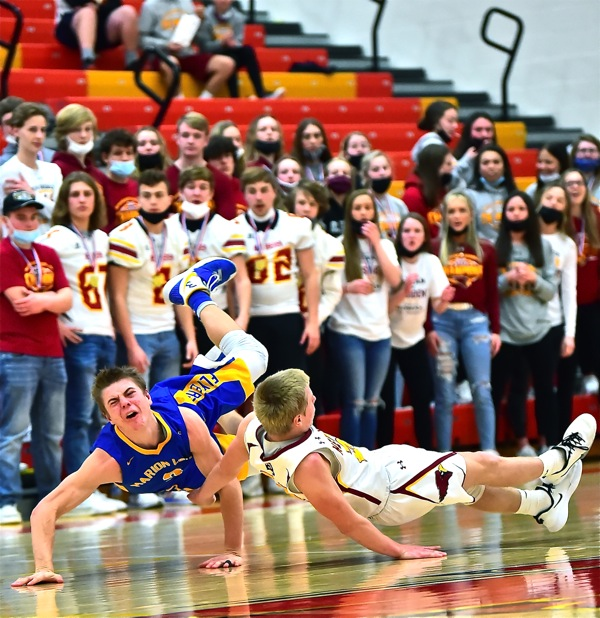 'Card' Sharks…New Bremen Outlasts Marion For Sect. Title