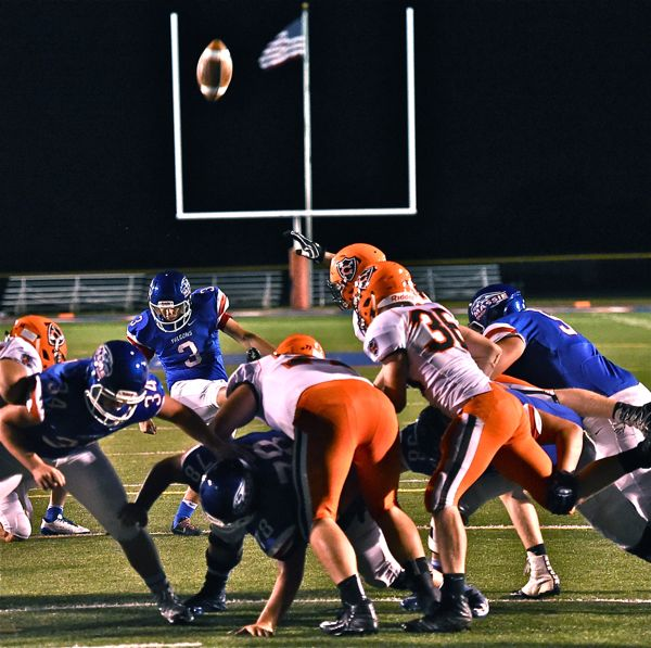 This 23-yard field goal gave Massie a 10-0 advantage at the half.