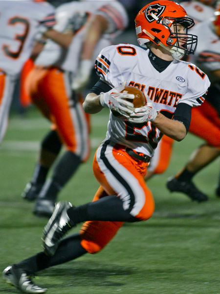 Senior Nate Rindler took a hand-off for a 14-yard score.