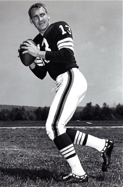 Dr. Frank Ryan, from unheraled Rice University, quarterbacked the Browns to their '64 title over Baltimore.