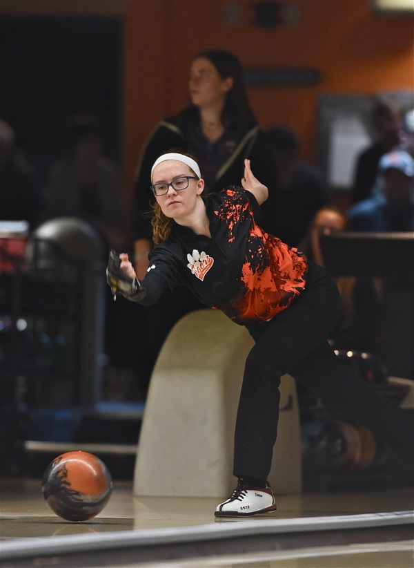 Jones' Has 'Big' Day, But Coldwater Takes Top Team