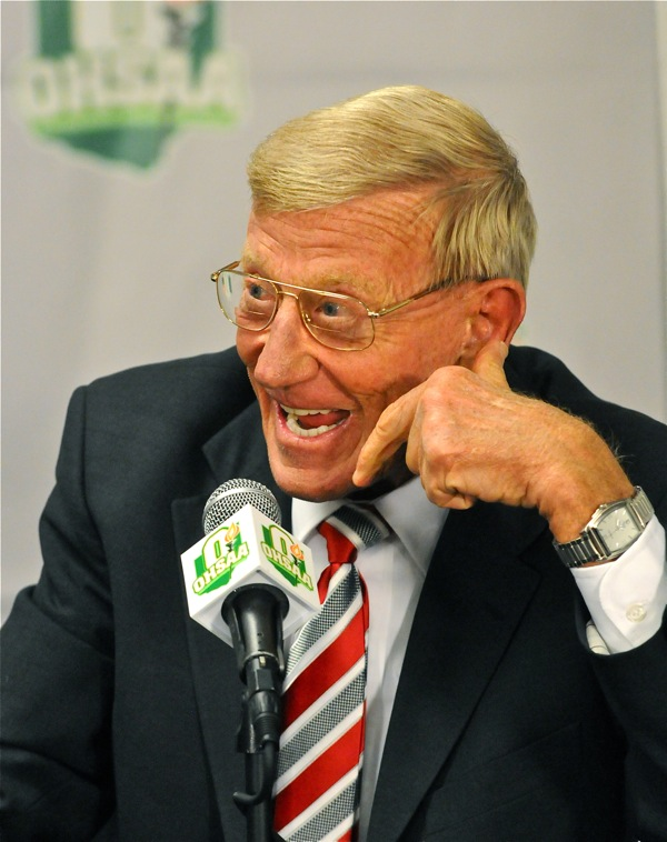 Face To Face With Lou Holtz…