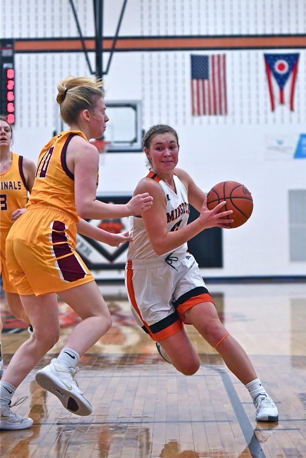 Wolf's 20, Cardinal Sins Lead To Minster Win Over Bremen