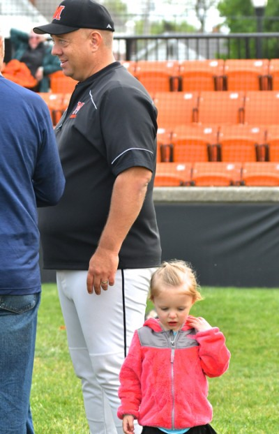 Mike Wiss (and daughter) have 402 career wins and state titles in 2011 and '12.