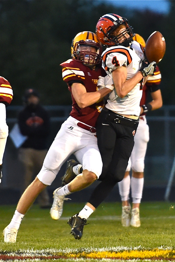 New Bremen Greets Playoffs With Victory Over Versailles