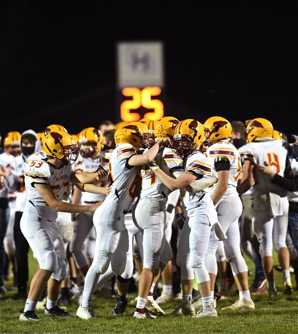 New Bremen's Title Quest Puts Muscle In An Old Adage