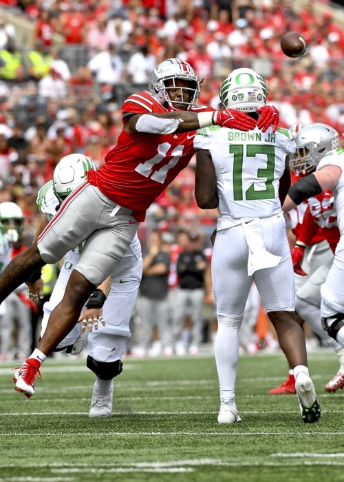 Oregon Confounds Ohio State In Home Opening Loss