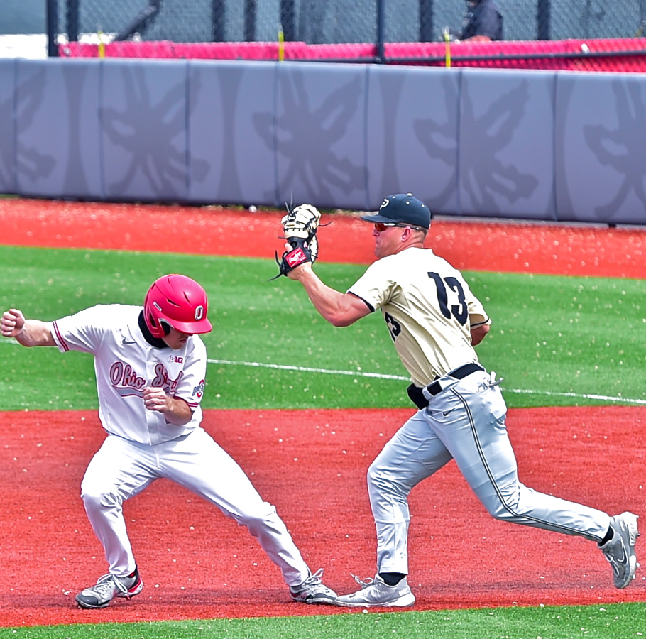 Ohio State Again Can't Sweep A Big Ten Series….