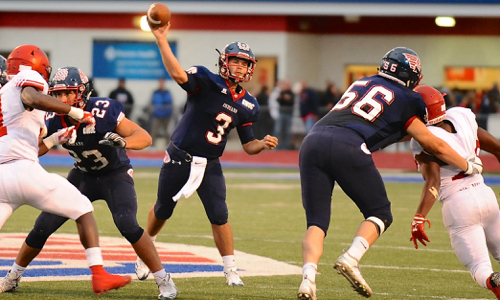 Piqua's Davis completed 20-of-31 passes for 284 yards and three touchdowns.