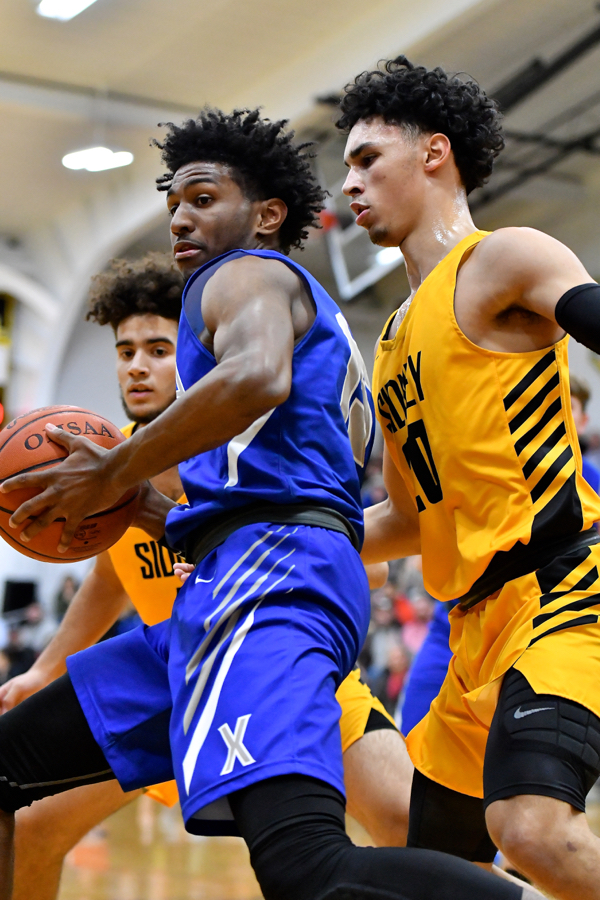 Team Effort Helps Sidney Topple Xenia