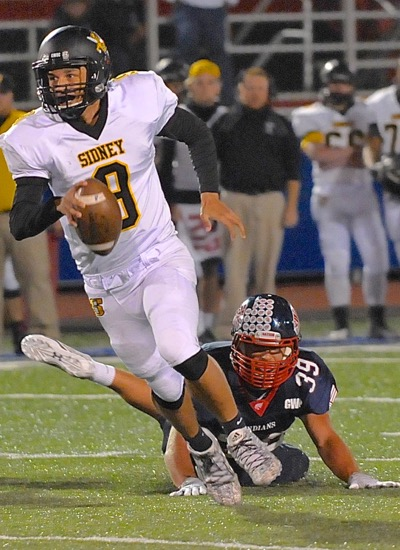 Quarterback Andre Gordon makes Sidney a must-see opponent when the Jackets come to town.