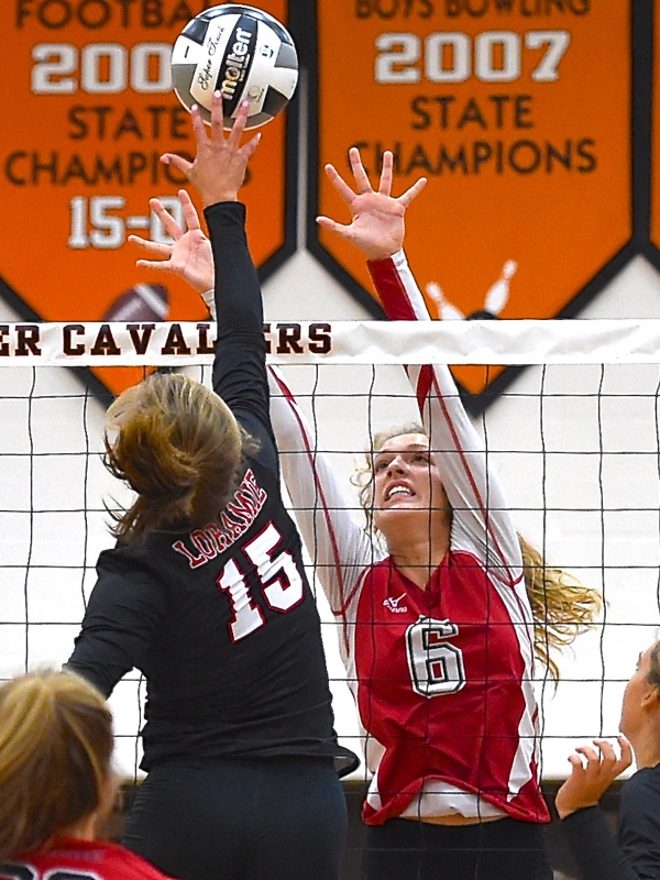 St. Henry Dives Into Season With Spikeoff Title