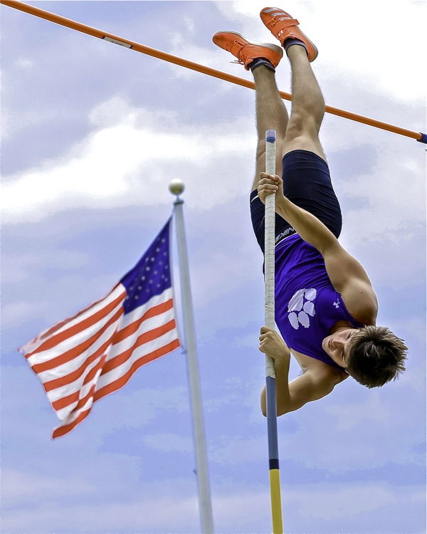 Blackledge:  Jumpers Take Center Stage At Friday State Meet