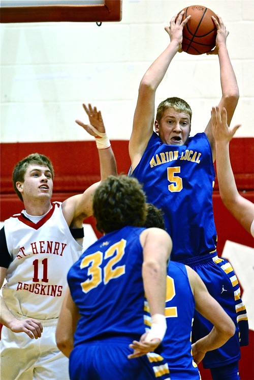Sophomore Nathan Bruns was the mauler on the backboards, with a game-high 10 rebounds.