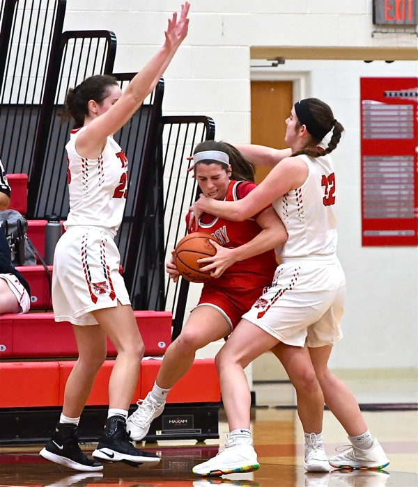 #6 Tipp Girls Remain Unbeaten With Win Over Troy