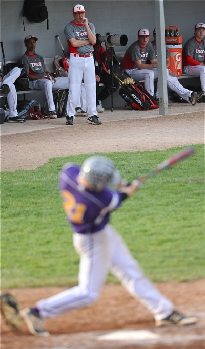 Ty Welker (background) could only look on as the Aviators exploded for 7 ninth-inning runs.