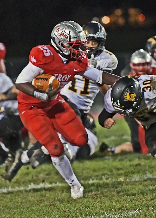 Must-See 'D': Troy Slows Down Sidney in Prime Time