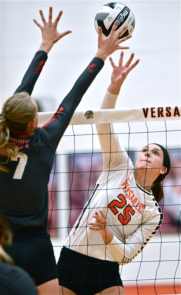 Deja Vu:  Versailles Loses Two-Set Lead, Match, To Troy