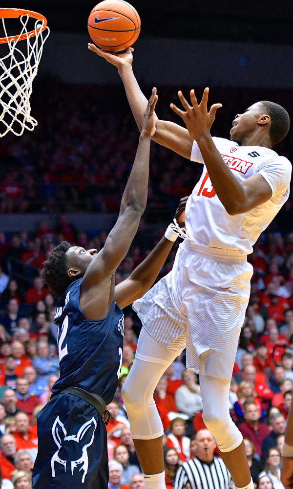 McCoy: UD Flyers Pull One Out Of 'The Tale Of Two Halves'…