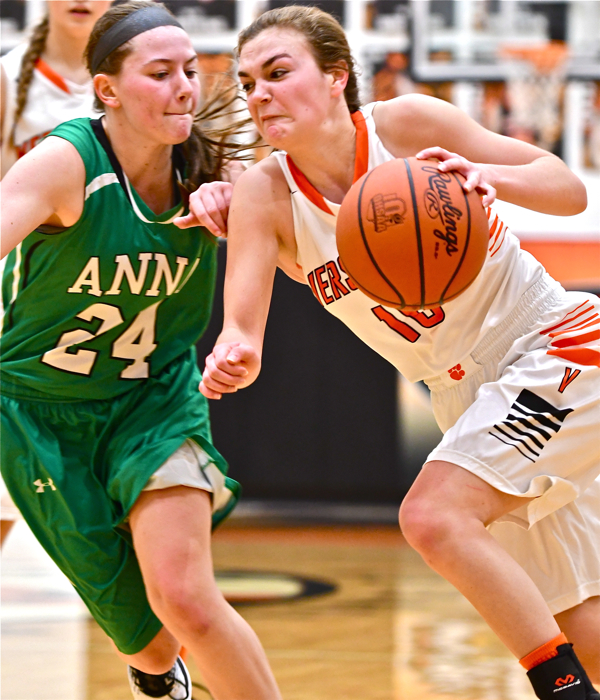 Versailles Stops Anna; Lady Tigers Still Perfect