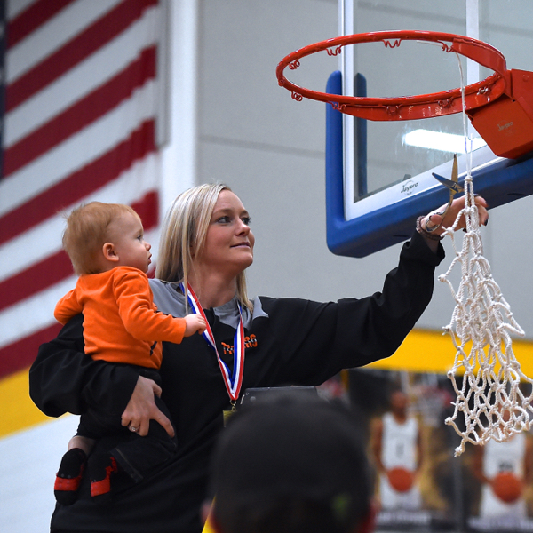 Rebounding Pushes Versailles Over The Top In District Title