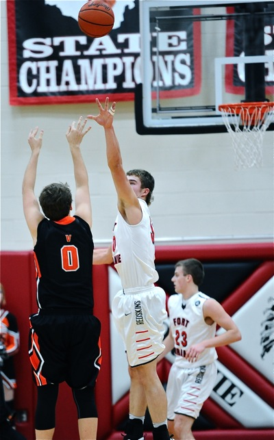 Austin Knapke's three-pointer late in the fourth gave the Tigers some breathing room.