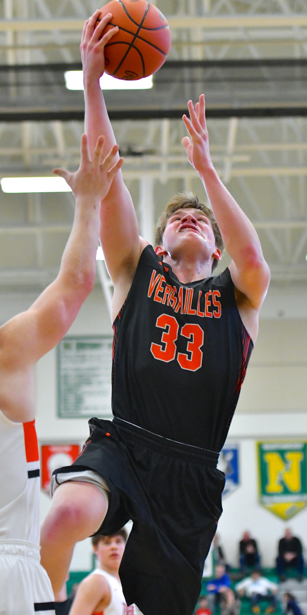 On A Collision Course: Versailles and Anna Claim D-III Sectional Titles.