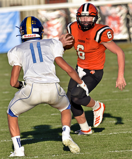 Versailles Defense Too Much For St. John's in 27-0 Victory